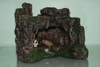 Aquarium Rock Cave with Skull & Treasure 22.5 x 17.5 x 17cms Aquarium Ornament 4