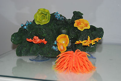 Aquarium Reef Decoration + Suckers For Attatching To Glass 30 x 18 x 12 cms 3