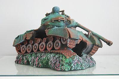 Stunning Aquarium Large Battle Tank Decoration 34 x 21 x 21 cms 7