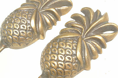 2 PINEAPPLE COAT HOOKS small solid brass antiques vintage old style 12 cm hook B 5