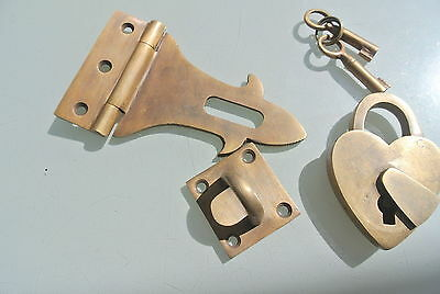 box & HEART padlock catch hasp latch vintage style BOX antiques DOOR Key heavy B 2