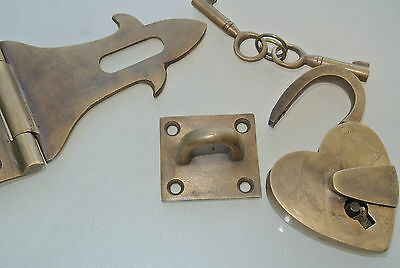 box & HEART padlock catch hasp latch vintage style BOX antiques DOOR Keys heavy 6
