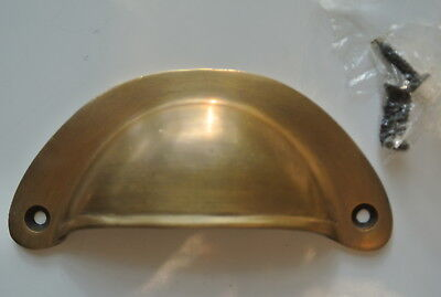 4 shell shape pulls handles heavy solid brass vintage aged style drawer 10 cm B 4