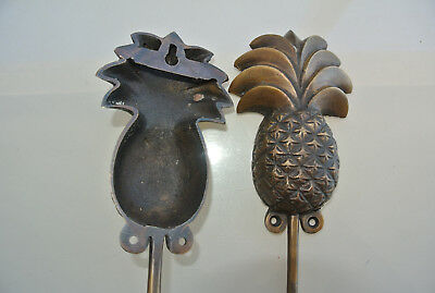 2 large PINEAPPLE COAT HOOKS solid age brass old vintage old style 19 cm hook B 6