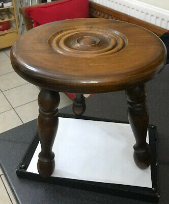 Vtg French Oak Farmhouse Bulls Eye Carved Top Milking Stool Turned BobbIn Legs 5