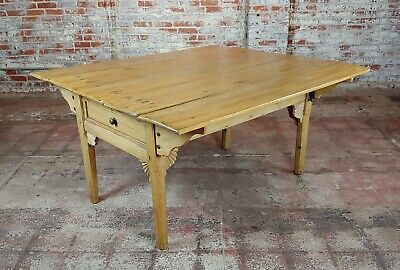 19th century French Farmhouse Pine Drop Leaf Dining Table 5