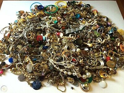 Jewelry Vintage Mod Huge Lot Junk Craft Box FULL POUNDS Brooch Necklace Earrings 3