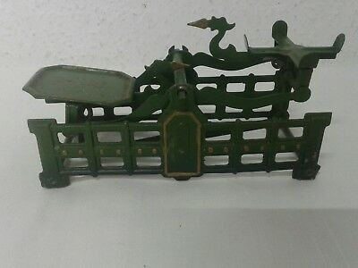 antike alte Balkenwaage Schwanenhalswaage Kaufmannsladen Blechspielzeug Waage 7