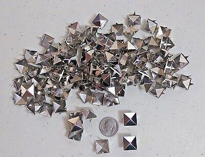 "18 x 10mm Spikes are 1//8/"" 1031 Pkg of 20 DIAMOND 11//16/"" Metal 4-Spike Studs"