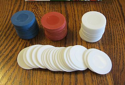 500 PLASTIC POKER CHIPS 1 1//2 INCH DIAMETER RED WHITE /& BLUE RETAIL BOXED