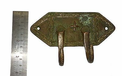 A Lovely Old &  Unique Classical Designed brass Coat Hook KEY HANGER from India 3