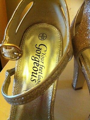 """Ladies New Look Gold Sandals Size 6 Bnwt """"GREAT for XMAS"""" 4"""
