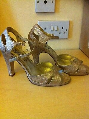 """Ladies New Look Gold Sandals Size 6 Bnwt """"GREAT for XMAS"""" 3"""