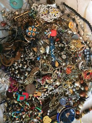 Jewelry Vintage Mod Huge Lot Junk Craft Box FULL POUNDS Brooch Necklace Earrings 7