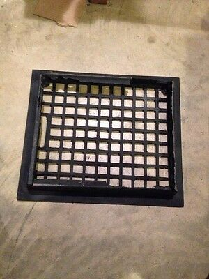 Gr 53 Antique Honeycomb Heating Grate With The Frame No Louvers 10 X12 2
