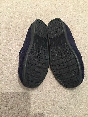 Size 2 Kids Navy Slippers With Pirate Motif 4
