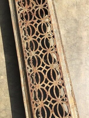 Rt 14 Antique Decorative Cast-Iron Radiator Cover 3