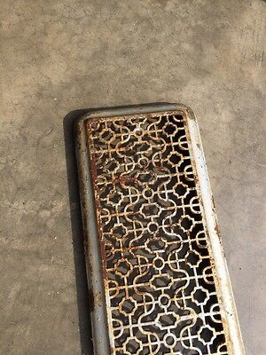 "Rt 7 Antique Cast-Iron Radiator Cover 29"" X 9 And Three-Quarter Inch 2"