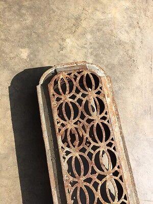 Rt 14 Antique Decorative Cast-Iron Radiator Cover 2