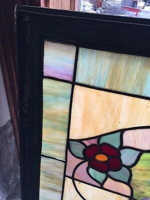 Sg 376 Antique Duel Red Flowers Window 2