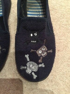 Size 2 Kids Navy Slippers With Pirate Motif 2
