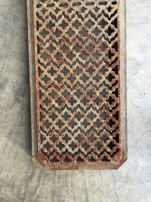 "Rt 6 Antique Cast-Iron Radiator Cover 29"" X 8.5"" 2"