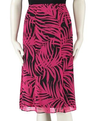3a99a7fb036f1 ... Le Suit The Hamptons Women s Three-Button 2PC Printed Skirt Suit  Black Deep Rose