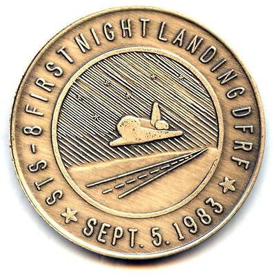 CHALLENGER N011  NASA  SPACE SHUTTLE  COIN //  MEDAL LANDING 1st K.S.C STS-11