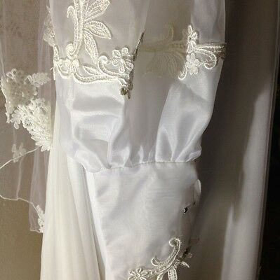 VINTAGE CREAM / Ivoty Stefons William Cahill Womens Wedding Gown ...