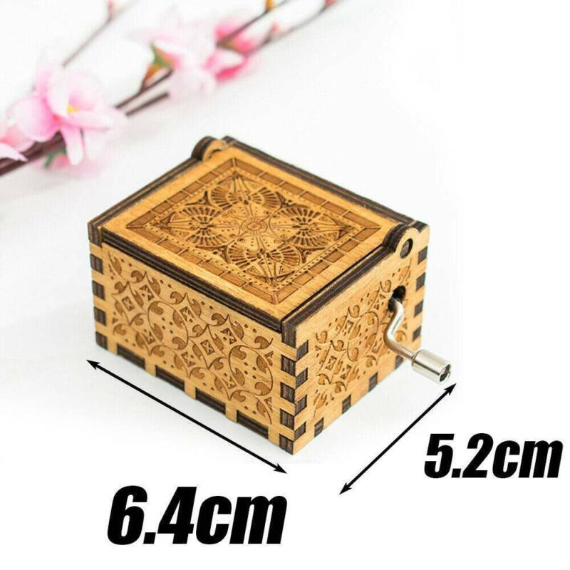 Hand Crank Wooden Engraved Queen Music Box Kids Christmas Gift 64*52mm 7