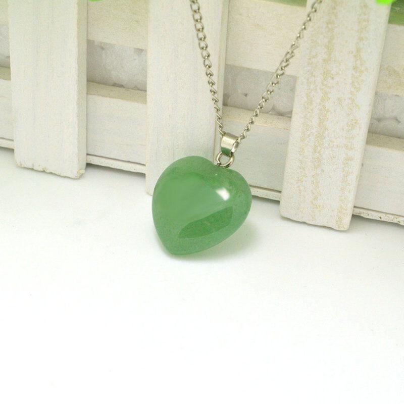 Natural Quartz Stone Gemstone Heart Rock Healing Point Chakra Pendant Necklace 6