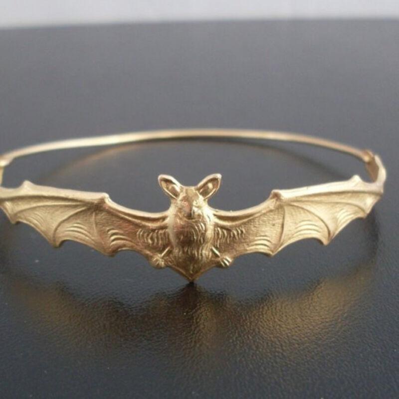 Hot Fashion Halloween Women Bat Bangle Bracelet Wristband Jewelry Beautiful DIY 3