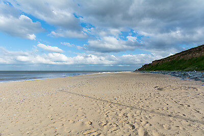 UK 20 July family holiday let self catering chalet Norfolk Broads Great Yarmouth 3