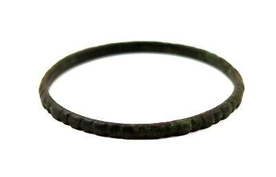 An ancient Eastern bronze bracelet 3