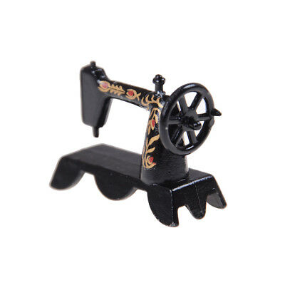 Vintage Miniature Sewing Machine With Cloth for 1//12 Scale Dollhouse Decora B2U6