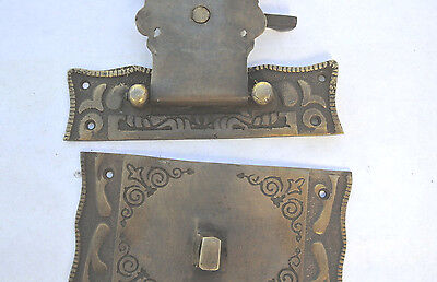 """Nice box Latch catch solid brass furniture antiques doors kitchen old style 3 """" 4"""