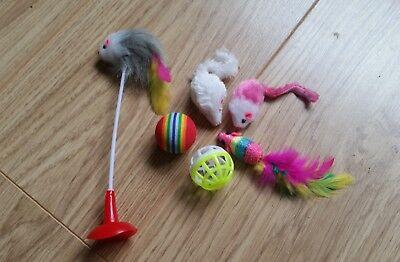 Bulk Cat Toys Kitten Rod Mouse Feathers Bells Balls Fur Scratch Teaser Rat UK 4