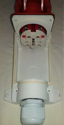 63 amp socket wall mount 5 pin 380/415 volt IP67 3 phase neutral and earth 4