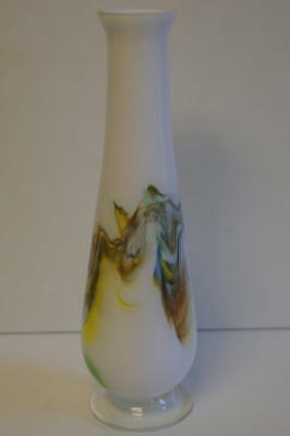 A Lovely Vintage Tall Morano? White Glass Bud Vase With Swirling Pattern. 3