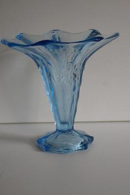 A Lovely Vintage Aqua Blue Glass Vase. 2