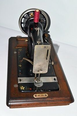 1920's S. Davis & Co Hand Crank Sewing Machine - FREE Delivery [PL2106] 6