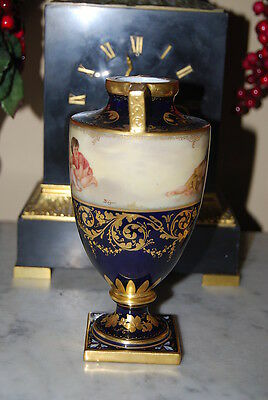 Superb Old Royal Vienna Beehive Heavy Gold Painted Cherubs By Yager Cabinet Urn 3