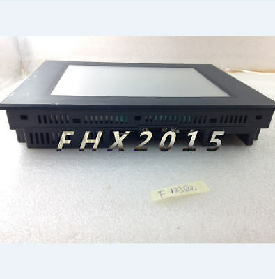 Keyence touchscreen VT2-10SB in good condition 4