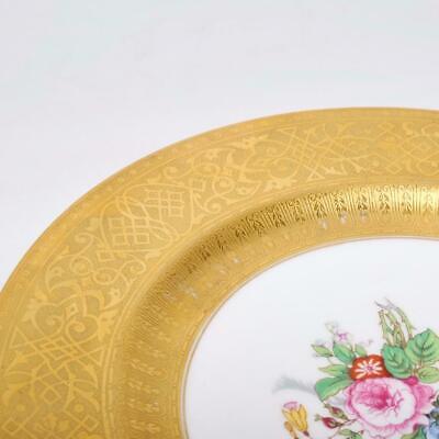4 Fine VINTAGE T/&V LIMOGES La Cloche DINNER PLATES GOLD TRIM DELICATE FLORAL