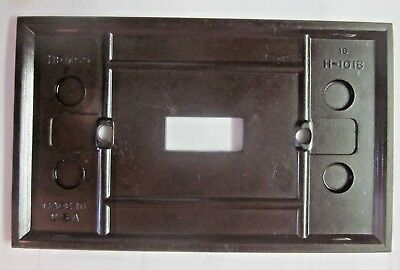 Hemco USA Switch Wall Plate Cover Fine Lines Ribs Brown Bakelite Antique 8