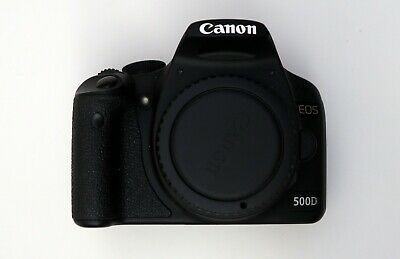 CANON EOS 500D SLR camera + EF-S 18-55mm f/3,5-5,6 II + EF 75-300mm f/4-5,6 III 11