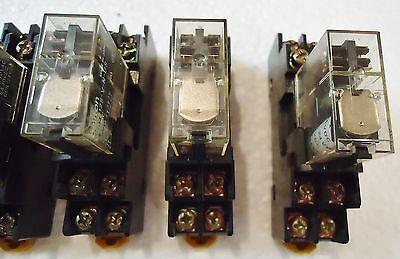 10 Omron G2R-212S-V-N-Us W/rj9Sa)Max.5A250V And Aluminum Runner/base 2