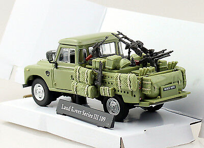 NEW CARARAMA CA4-51741 Land Rover Serie III 109 Soft Top Militar Green 1:43 Die Cast