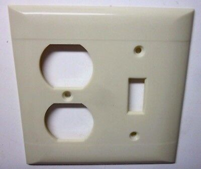 Sierra 2 Gang Combo Switch Outlet Wall Plate Cover Bakelite Beige Lines Vintage 3