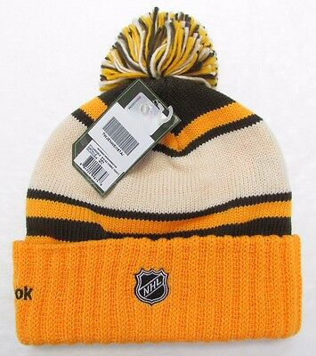 612dea9ae2635 ... Boston Bruins 2010 Nhl Winter Classic Reebok Cuffed Pom Knit Hat Toque 2